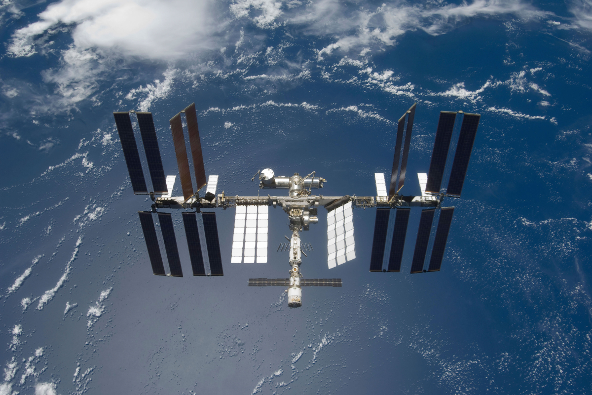 ISS forced to make emergency manoeuvre to dodge rogue space debris in close shave